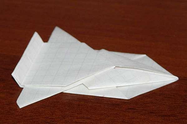 Машинка из бумаги своими руками