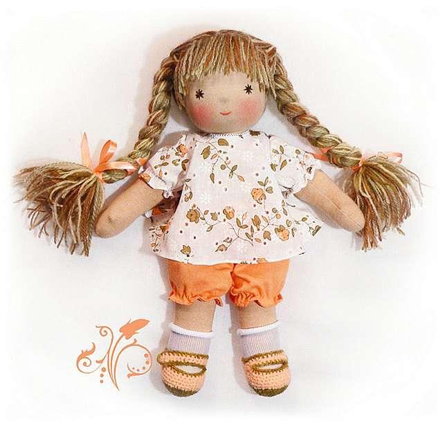Видео как сделать работу для кукол