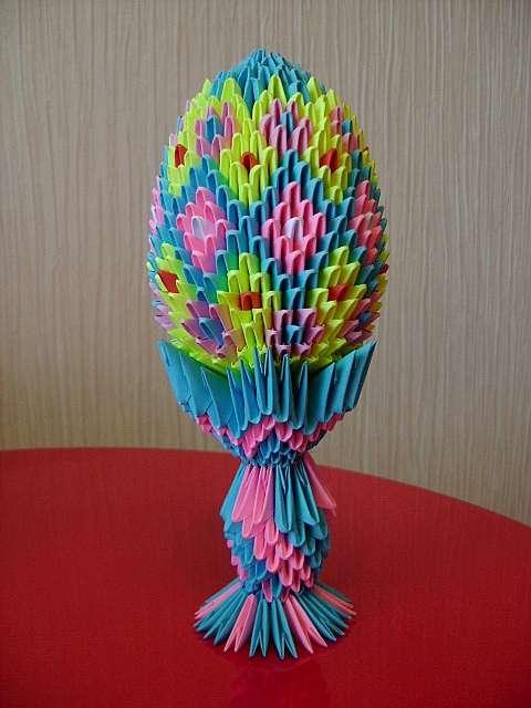 Пасхальное яйцо из модулей оригами