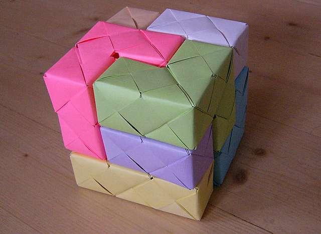 Развивающий кубик своими руками