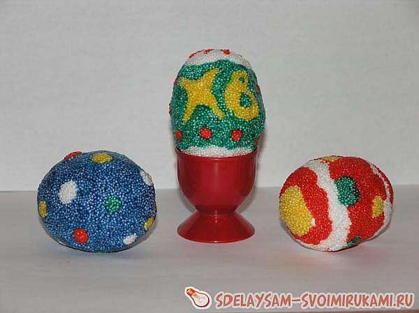 Пасхальные яйца из… пластилина