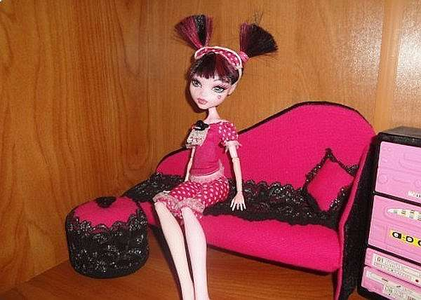 Как делать мебель для кукол монстр хай