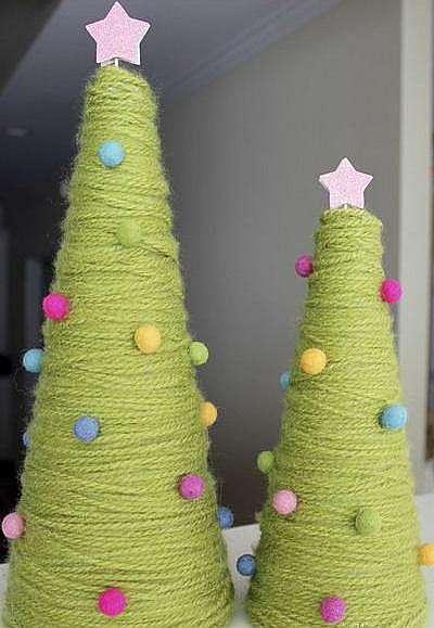 Рождественская елка из ниток