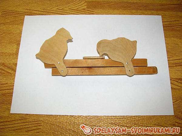 Двигающиеся игрушки из дерева