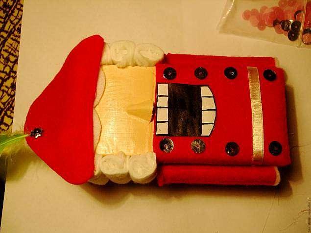 Как сделать Щелкунчика своими руками