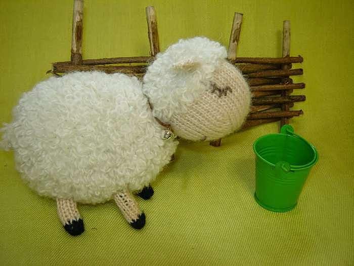 Вязание спицами: игрушки для начинающих