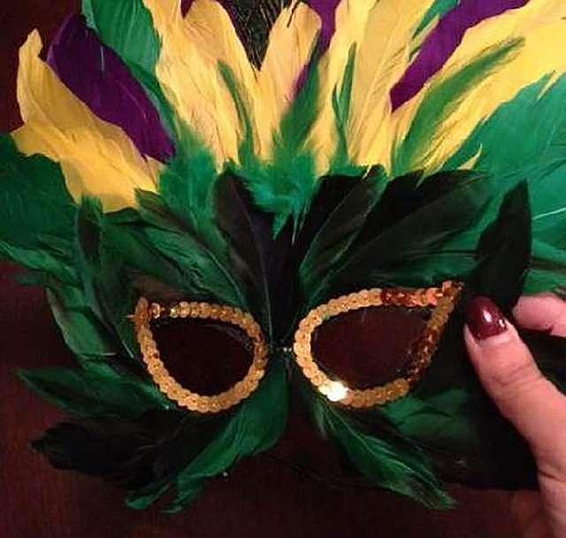 Как сделать маску для маскарада?