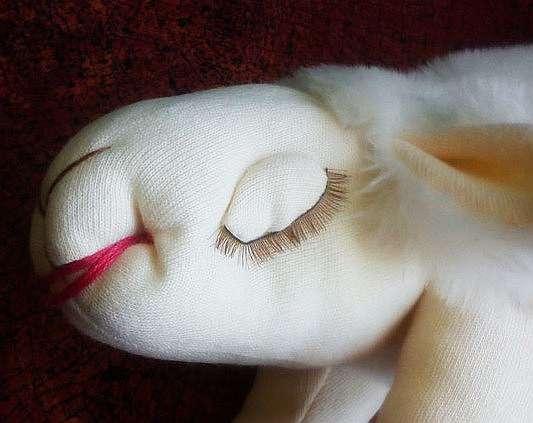 Подушка игрушка овечка