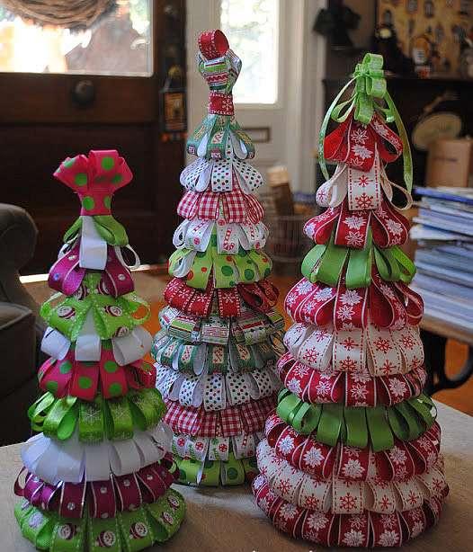 Рождественская елка из лент своими руками