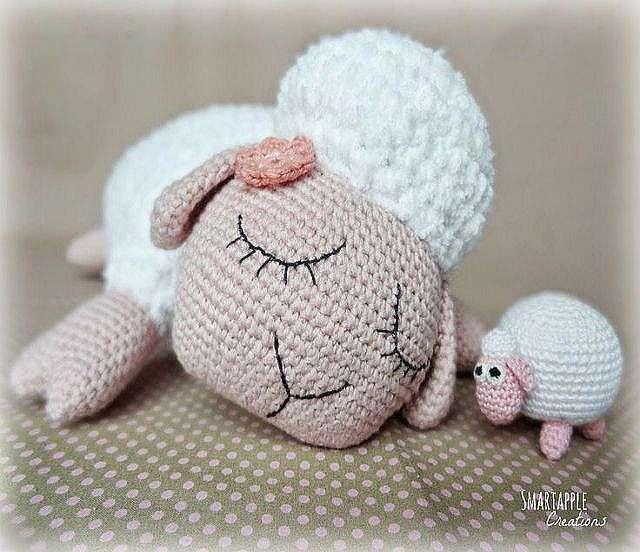 Как связать крючком овечку