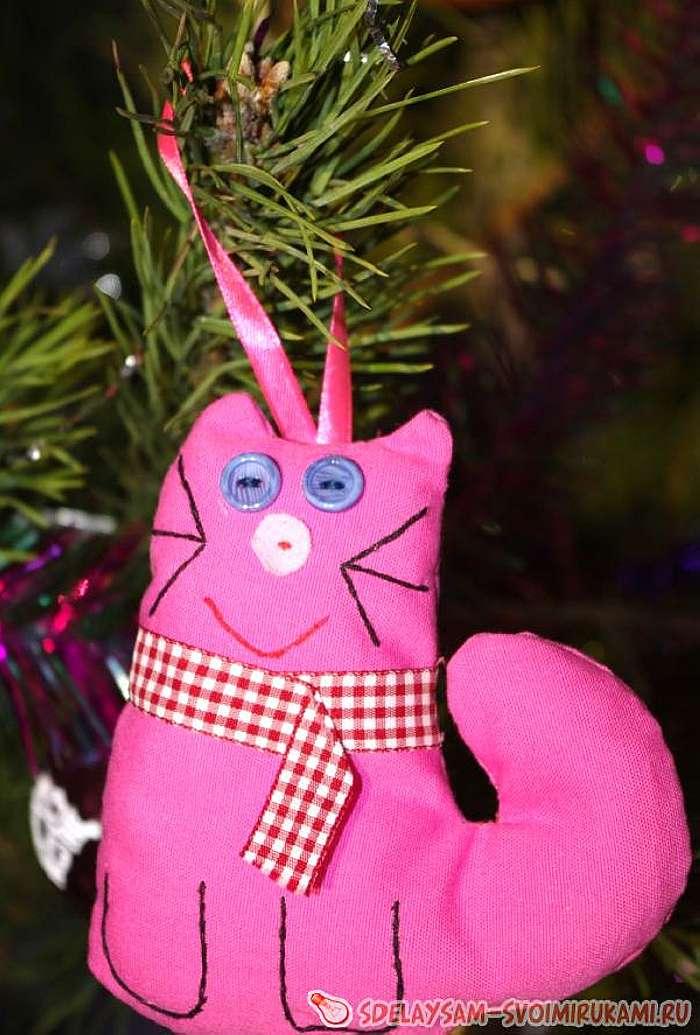 Розовый кот Мурзик