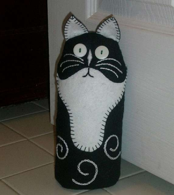 Стоячий кот тильда