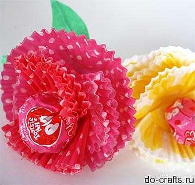 Сделать простой цветок из ленты своими руками