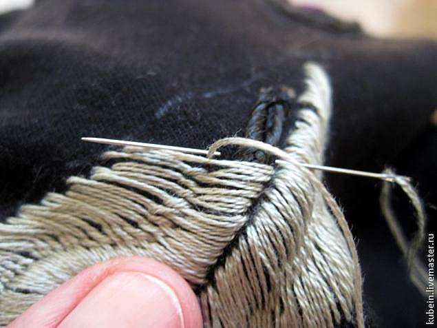 Вышивка гладью с перехватом по шнуру
