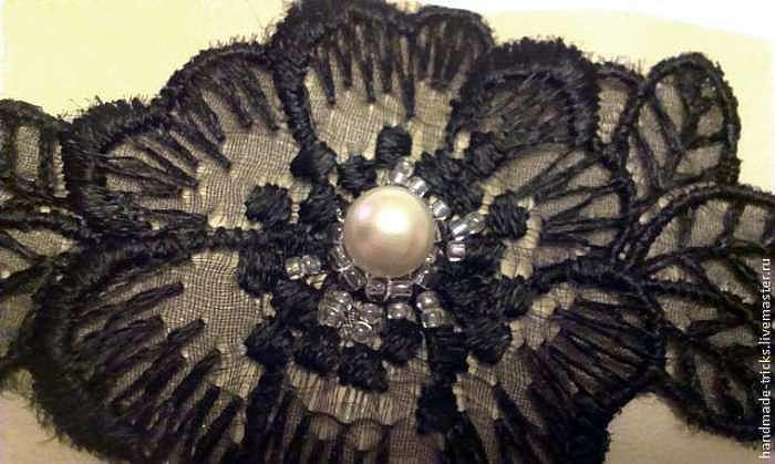 Создаем обруч с украшением из кружева и бусин