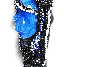 """Не традиционный подход к созданию  украшений из бисера на примере кулона «Модный приговор"""""""
