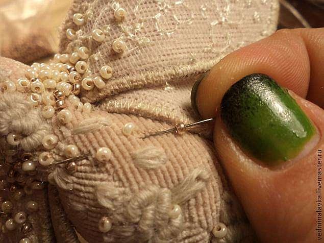 Текстильная брошь- мотылек