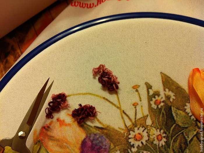Способ вышивки пушистых цветов