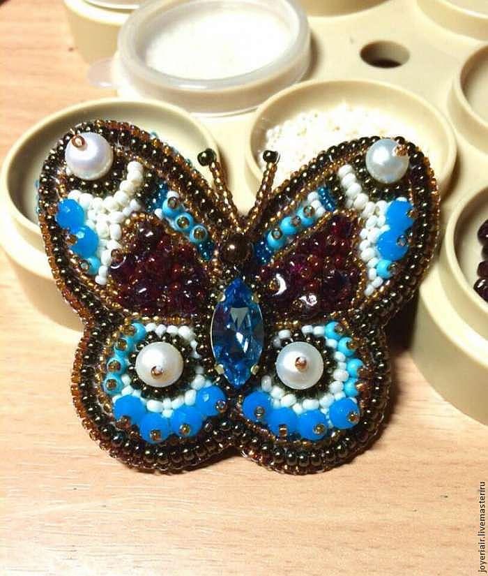 Как сделать чудесную брошь-бабочку