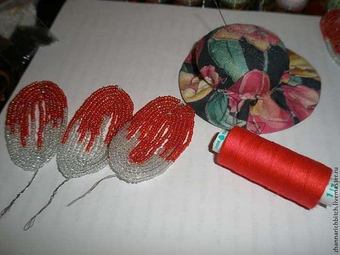 Как сделать бахромчатый край у тюльпана из бисера