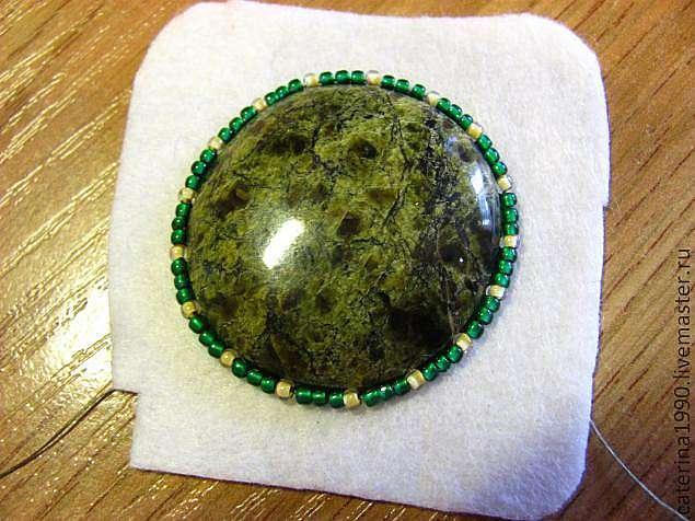 Создание броши Сияющая (техника вышивки бисером)