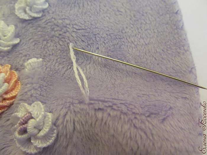 Вышиваем розочку на плюше. Часть 1