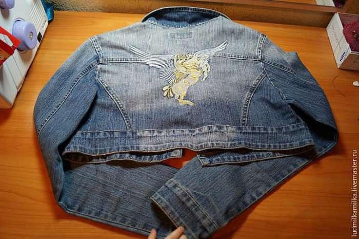 Делаем джинсовое болеро с бисерной вышивкой — преображаем старую куртку