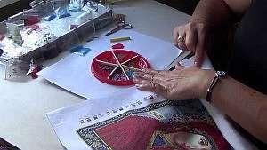 Учимся правильно вышивать иконы бисером