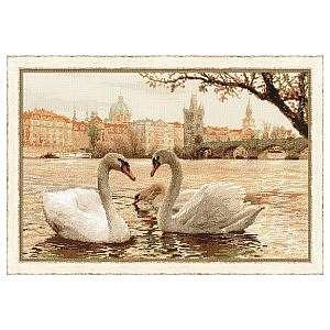 Символ любви и верности в вышивке — лебеди