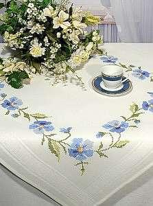 Подборка узоров и правила вышивки крестом на льняной скатерти