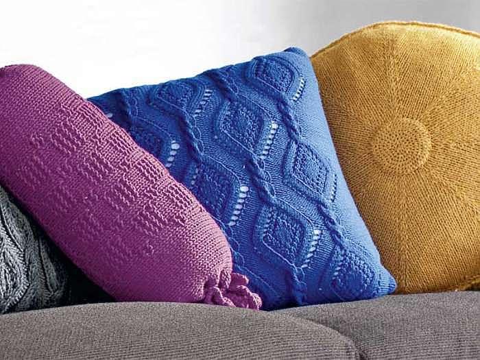 Синяя подушка