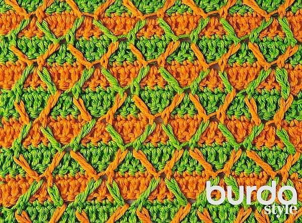 Двухцветный узор с рельефными столбиками