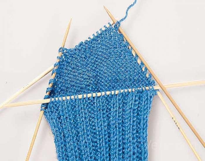 Как вязать носки с пяткой «бумеранг»