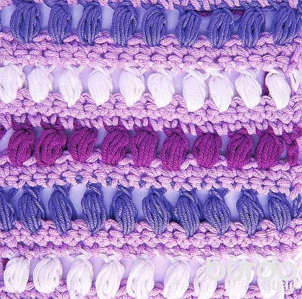 Разноцветный узор из пышных столбиков