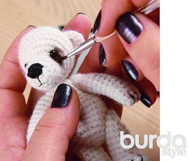 Вяжем мишку крючком