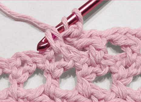 Как вязать крестообразный столбик