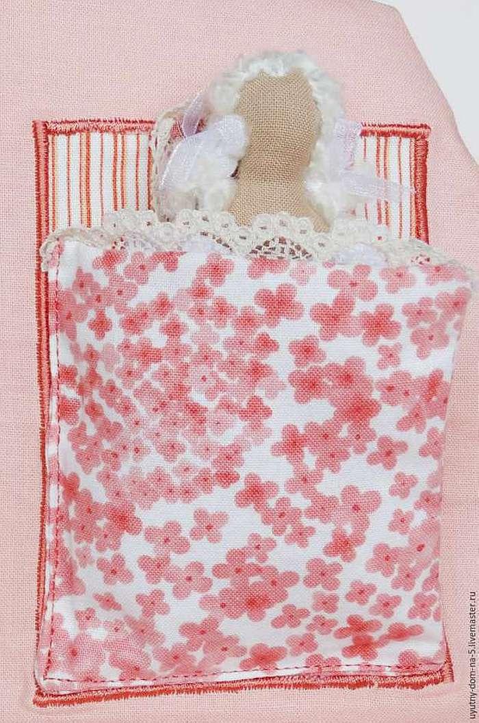 Шьем игровую сумочку-домик для девочки