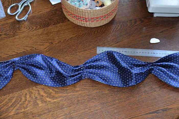 Как сшить шейный платок Аскот