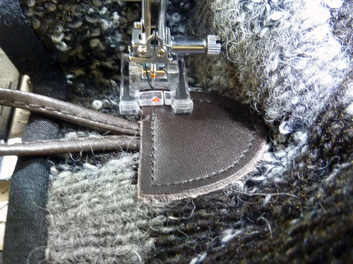 Связанный свитер Вязание Пончо с Boho Tassels