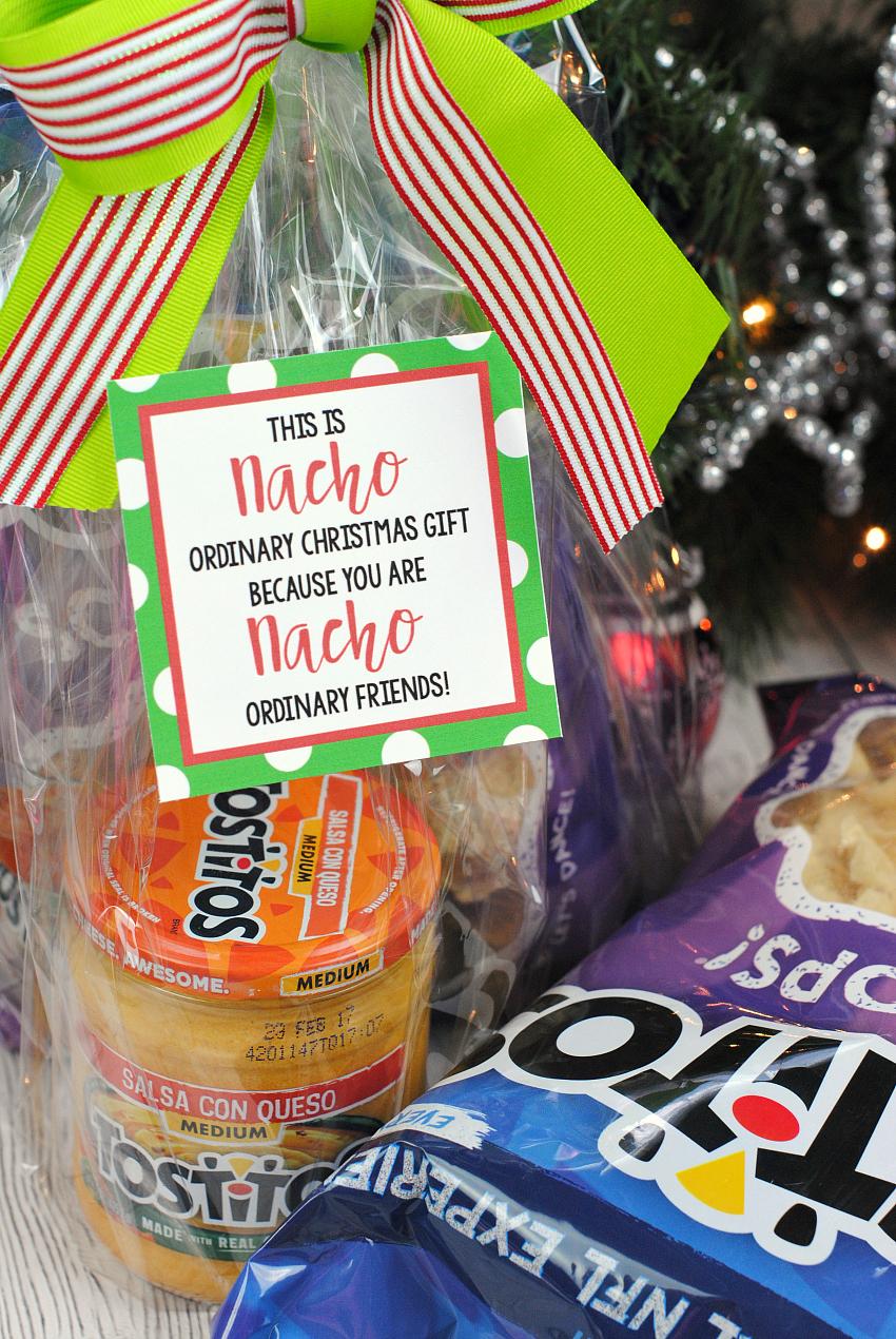 """Рождественские банные бомбы - симпатичный и простой подарок, который ваши друзья и семья будут любить в этот праздничный сезон! »Width ="""" 299 """"height ="""" 447"""
