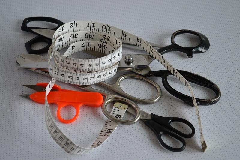 Описание маркировочных, измерительных, режущих и швейных инструментов из кожи