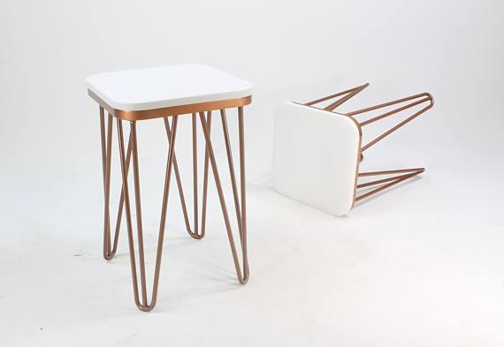 Медный табурет по дизайну стола
