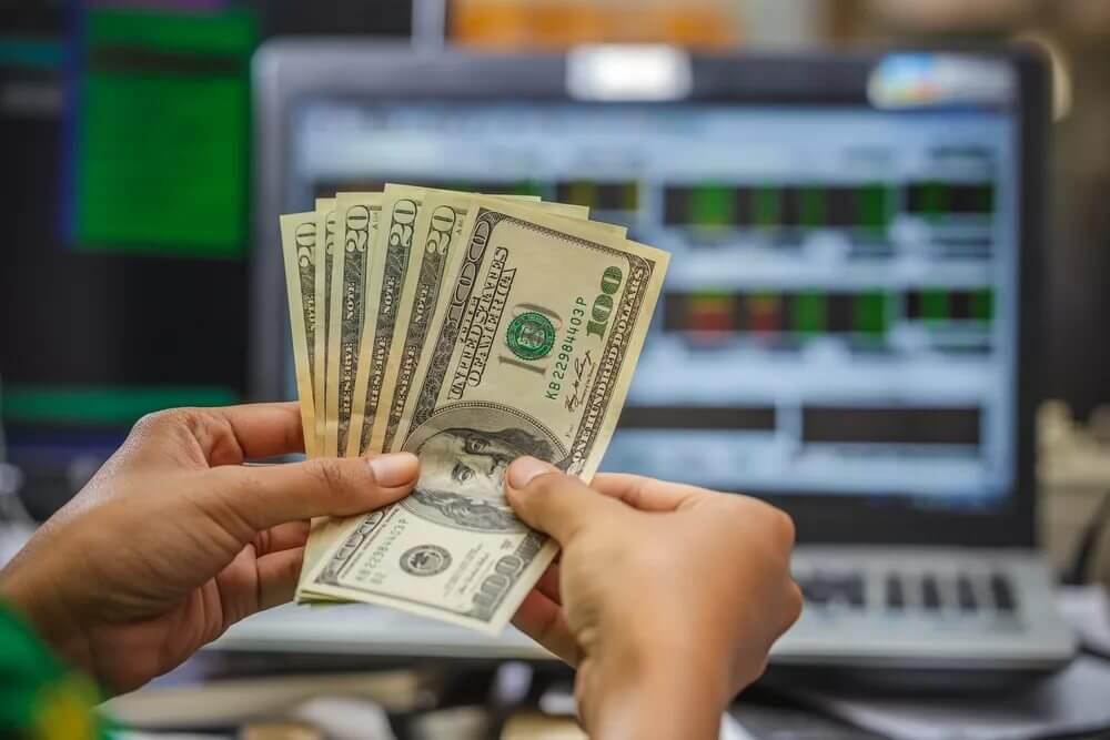 Как заработать на торговле валютой в интернете
