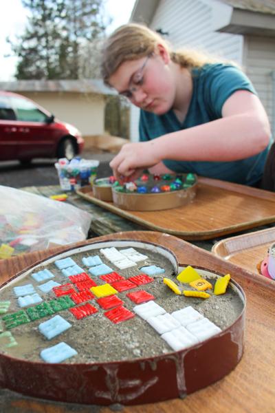Как аппроксимировать коробку конфет в бетонную мозаику