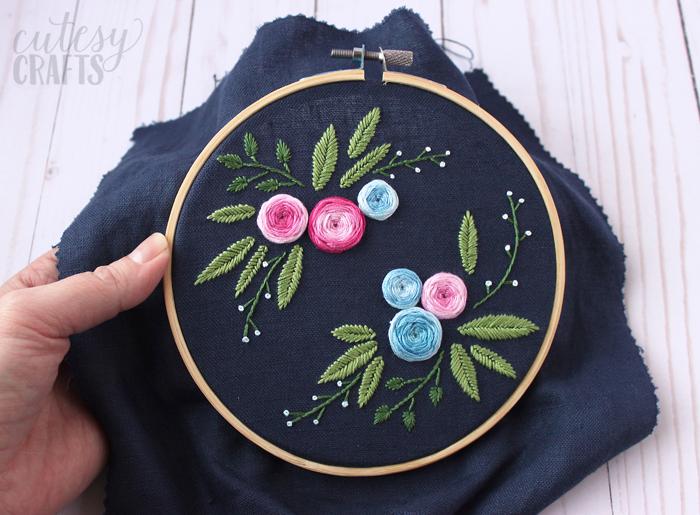 Свободный рисунок вышивания вышивки