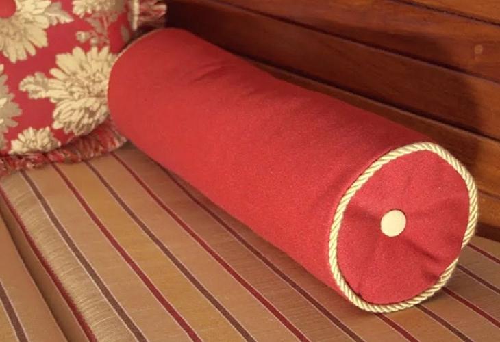 Мастер-класс по пошиву подушки-валика