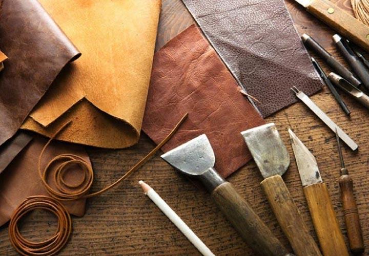 Материалы и инструменты для пошива кожаного рюкзака