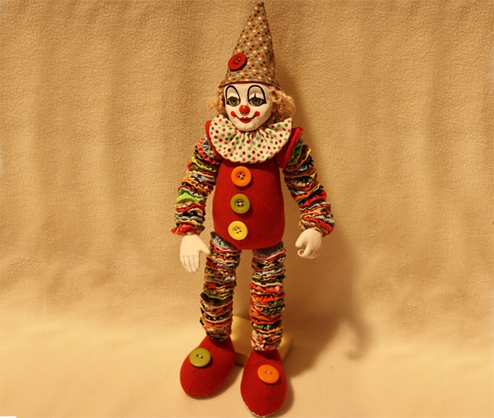 Клоун из ткани
