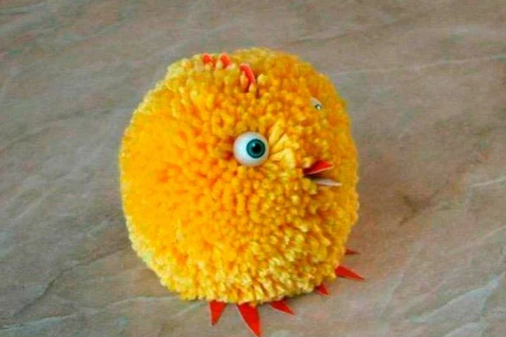 Цыплёнок из одного помпона