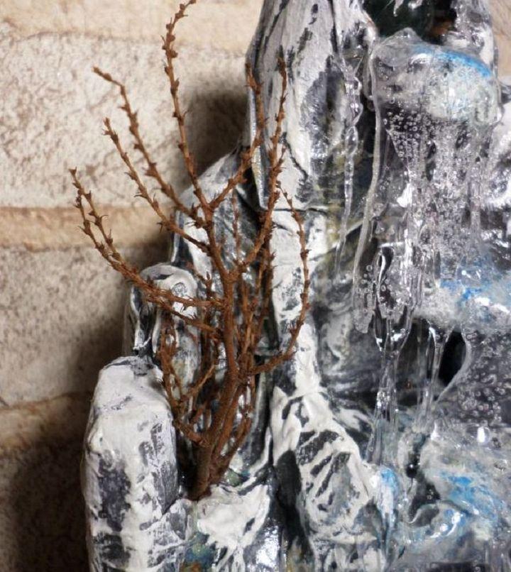 Изготовление водопада из клея и пенопласта